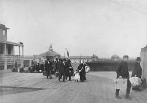 Ellis Island, 1900
