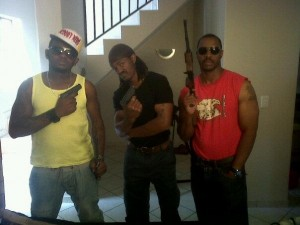 thugs w guns