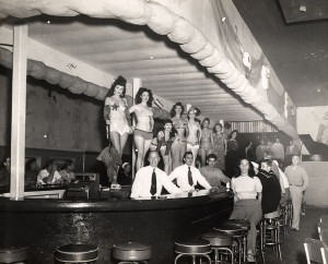 Key_West_Mardi_Gras_Lounge