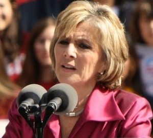 Barbara_Boxer_-_Obama_rally_2010