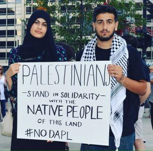 palestinians-stand-with-natives